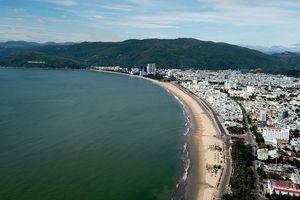 Bình Định quyết xử lý bùn đen gây ô nhiễm bãi tắm Quy Nhơn