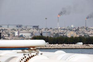 Giá dầu tăng hơn 1% nhờ kỳ vọng dự trữ dầu tại Mỹ tiếp tục giảm