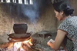 Thơm ngậy món xôi trám đen tê tê đầu lưỡi mùa trám rụng ở xứ Lạng