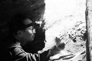 Mộ táng trong hang động núi lửa ở Đắk Nông