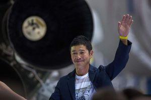 Lộ diện tỉ phú Nhật 'bao' hết tên lửa du lịch mặt trăng