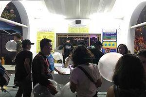 Vụ 7 người chết sau nhạc hội: Nhân viên BTC công khai bán bóng cười