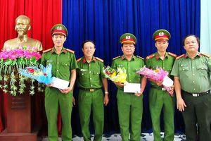 Đà Nẵng: Khen thưởng các chiến sĩ liên tiếp phóng xe máy đuổi bắt trộm cướp