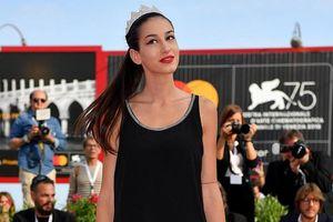 Người mẫu một chân bất ngờ trở thành Á hậu 2 tại đêm chung kết Hoa hậu Ý