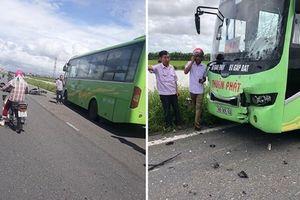 Nam Định: Xe máy va chạm với xe khách, 2 người tử vong