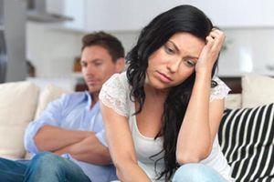 Bi kịch gia đình khi chồng 'đo lọ nước mắm, đếm củ dưa hành'