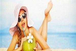 Thường xuyên uống nước dừa, chị em sẽ nhận về 6 lợi ích tuyệt vời sau