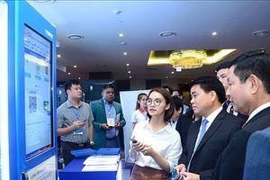 Hà Nội: Học hỏi kinh nghiệm xây dựng đô thị thông minh