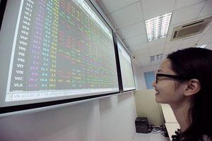 Chạm mốc 1.000 điểm, VN-Index… 'bổn cũ soạn lại'