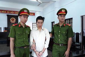 Sát hại vợ rồi tử tự bất thành, bị cáo lãnh án tù chung thân