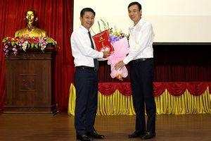 Hà Nội bổ nhiệm, phân công một số chức vụ chủ chốt cấp Sở và huyện