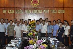 Thành phố Thái Bình tặng quà trung thu cho trẻ em khó khăn