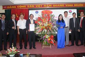 Bộ trưởng Nguyễn Thị Kim Tiến trao quyết định bổ nhiệm 2 Giám đốc Bệnh viện