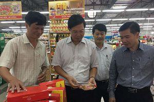Nhiều vi phạm tại khu sản xuất thức ăn nhanh của Siêu thị Lan Chi - Sơn Tây