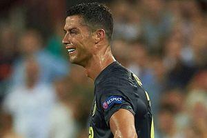 Ronaldo nói gì khi nhận thẻ đỏ ở Champions League?