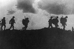 Đáng sợ vụ 800 binh lính đột nhiên biến mất trong sương mù