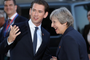 EU sẽ tổ chức hội nghị thượng đỉnh đặc biệt về Brexit vào tháng 11