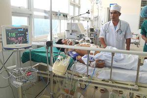 Cứu sống bệnh nhân bị đâm thủng phổi, gan, dạ dày