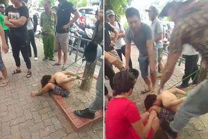 Các đối tượng trói tay chân bé trai vào gốc cây ở Hà Nội khai gì?