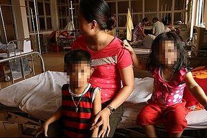 Tạm giữ người đàn ông đốt nhà, định tự thiêu cùng 3 con nhỏ