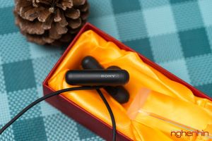 Đánh giá tai nghe không dây Sony WI-SP500N: lạ nhưng quen