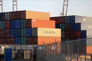 Căng thẳng thương mại từ chính sách bảo hộ của Mỹ đe dọa tăng trưởng kinh tế toàn cầu