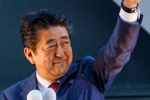 Tái đắc cử, ông Shinzo Abe trở thành Thủ tướng tại nhiệm lâu nhất lịch sử Nhật Bản