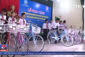 Bộ trưởng Bộ Nông nghiệp và Phát triển nông thôn Nguyễn Xuân Cường thăm, làm việc tại Tuyên Quang