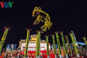 Rộn ràng ngày hội Lân lần đầu tiên tại cố đô Huế
