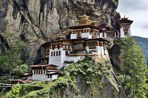 Chùm ảnh: Những ngôi nhà kỳ lạ và biệt lập nhất thế giới