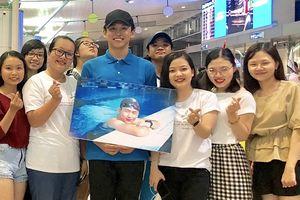 Tạm gác vai trò MC, Quang Bảo đại diện Việt Nam tham gia đường bơi quốc tế