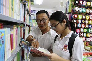 Bộ Giáo dục kiểm tra việc xuất bản, phát hành sách giáo khoa
