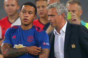 Mourinho bỏ ngỏ khả năng đưa Depay trở lại MU