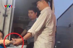 UBND TP Hà Nội yêu cầu điều tra, xử lý nghiêm vụ bảo kê tại chợ Long Biên
