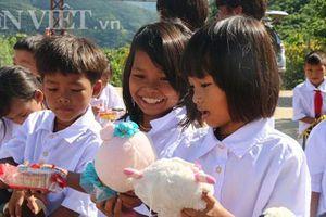 Báo Dân Việt tổ chức Trung thu cho trẻ em nghèo Lai Châu