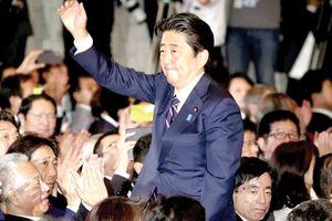 Thủ tướng Nhật Bản tái đắc cử Chủ tịch LDP