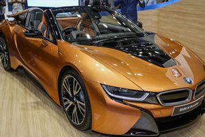 Chi tiết siêu xe BMW i8 Roadster giá 8,5 tỷ đồng