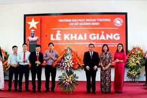 Trường Đại học Ngoại thương khai giảng và trao bằng tốt nghiệp cho sinh viên cơ sở Quảng Ninh