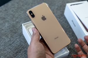 Cận cảnh chiếc iPhone XS Max đầu tiên về Việt Nam, giá 'chót vót' 68 triệu đồng