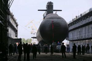 Nga hạ thủy tàu ngầm 'vô hình'