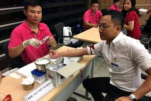 Đoàn Thanh niên Bộ TT&TT hiến máu vì 'Trái tim thiện tâm' đợt 2
