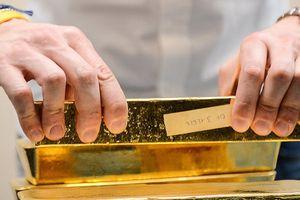 Giá vàng tăng không ngừng