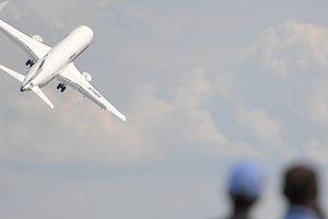 Mỹ cho biết về ảnh hưởng của lệnh trừng phạt mới đối với Sukhoi