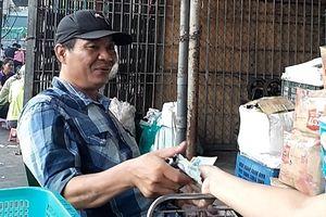 Chủ tịch TP Hà Nội chỉ đạo điều tra hoạt động nghi bảo kê ở chợ Long Biên