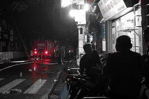 Bất ngờ phát hiện thi thể người ở vụ cháy trên phố Đê La Thành