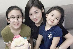 Ít ai biết Á hậu Dương Tú Anh còn có 2 cô em họ xinh xắn: Thế này có thể làm Hoa hậu tương lai lắm chứ