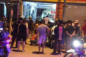 Hai giờ truy bắt 3 nghi phạm bịt mặt mang súng xông vào tiệm vàng cướp tài sản ở Sơn La