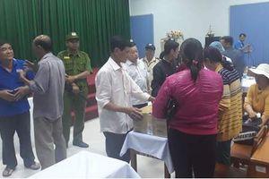 Tạm đình chỉ công tác bác sĩ trực vụ song thai chết lưu ở Vĩnh Long