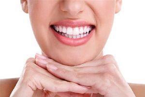 Thực phẩm giúp tẩy trắng răng tự nhiên không cần đến nha sĩ