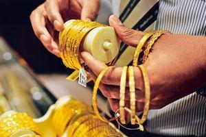 Giá vàng tiếp tục tăng mạnh, lên cao nhất 4 phiên